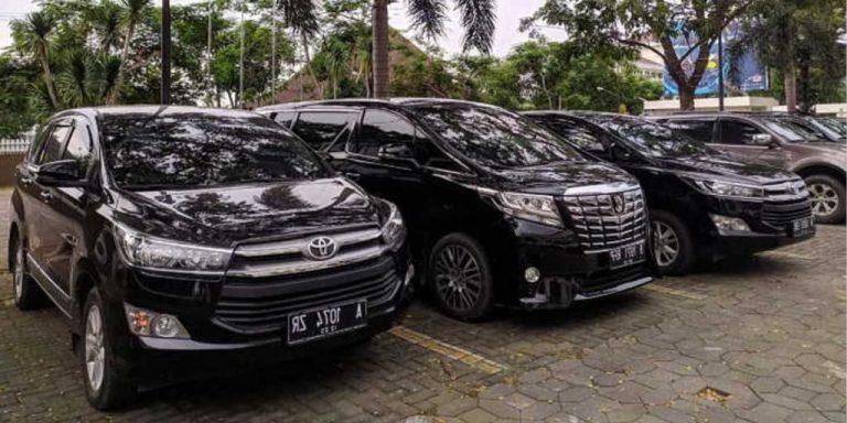Rental Mobil Gresik 24 Jam : Solusi Kenyamanan Perjalanan Bisnis Anda
